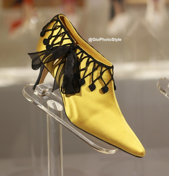 The Art of Shoes Manolo Blahník by GioPhotoStyle